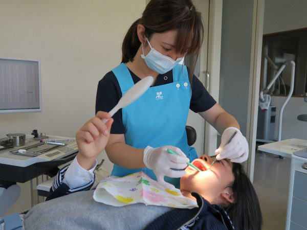 歯はなぜ甘いものでしみるのか あいざわ歯科クリニック